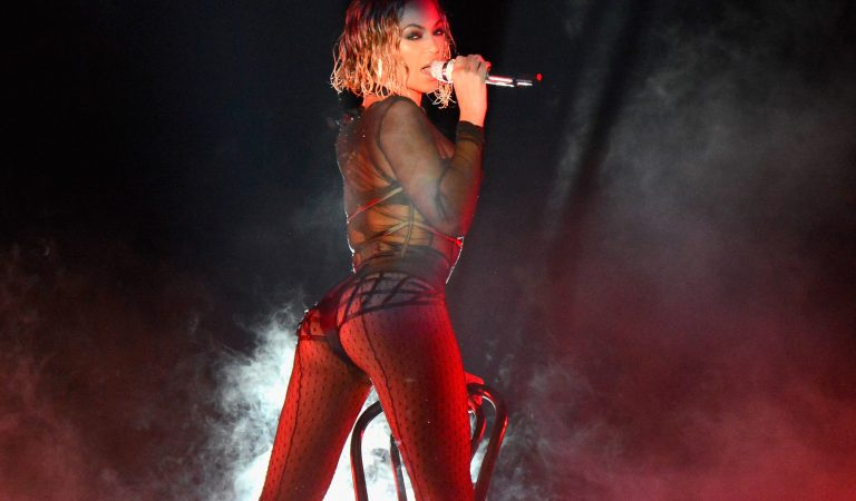 Whose Celebrity Booty is Better? – Top 10 Booties for This Month