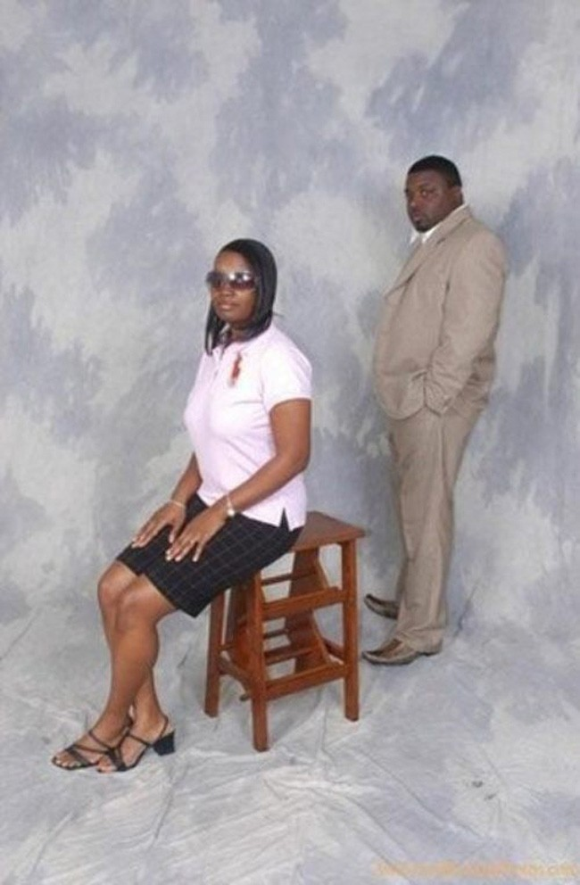 These Are the Most Awkward 23 Engagement Photos You've Ever Seen