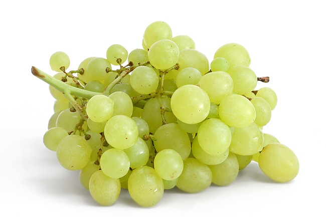 2. Spain believes that Eating 12 grapes when the clock reaches midnight on the New Year's Eve is good luck