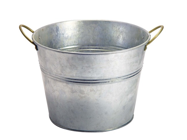 5. Carrying an empty bucket in Russia is a bad luck