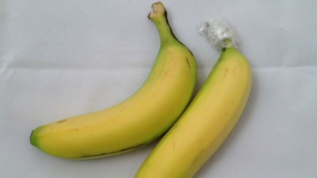16. Wraping the bannana like this will make it live longer