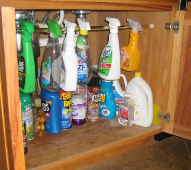2. You have to organize these cleaning things with curtain rod
