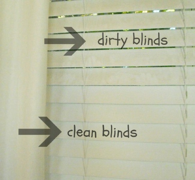 4. Vinegar is the magical tool for removing stains even from the dirtiest blinds
