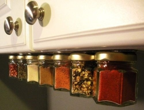 6. Magnet strip will make your kitchen look like heaven