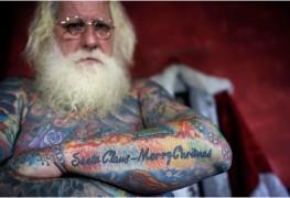 pc-141208-santa-tattoos-02_2381189aef95e2c24567e45867961d0c
