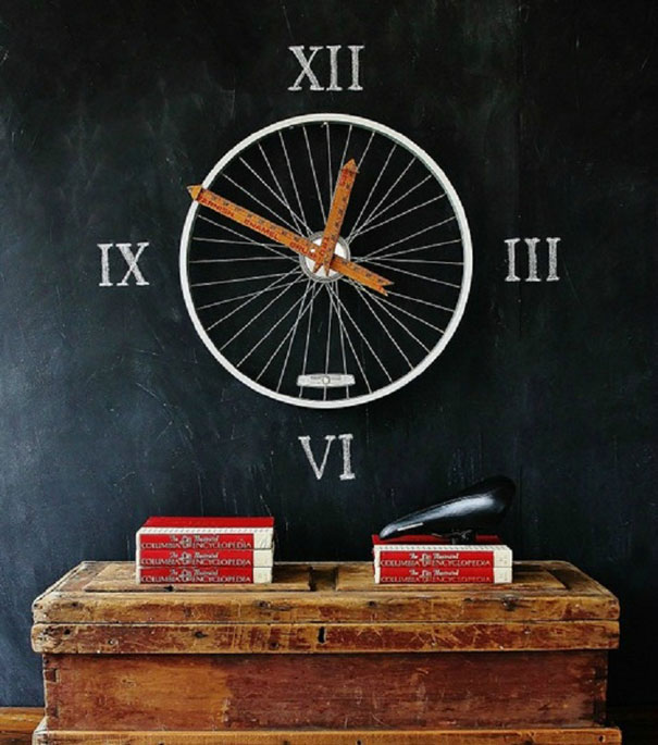 4: Bicycle wheel clock