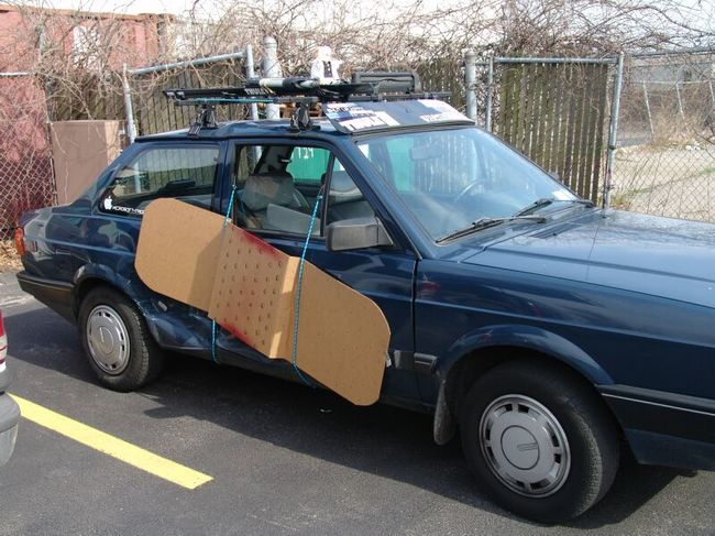 People Decided To Repair Their Cars By Themselves and The Result is Too Funny To Be True!