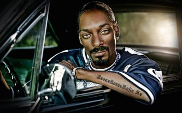 13. Snoop Dogg- He plays a very unorthodox police officer in True Crime- The Streets of L.A