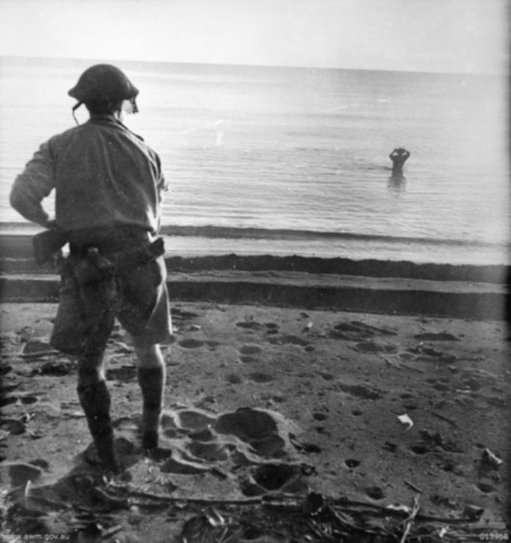 Japanese solider commits suicide with a grenade, New Guinea, December 1942