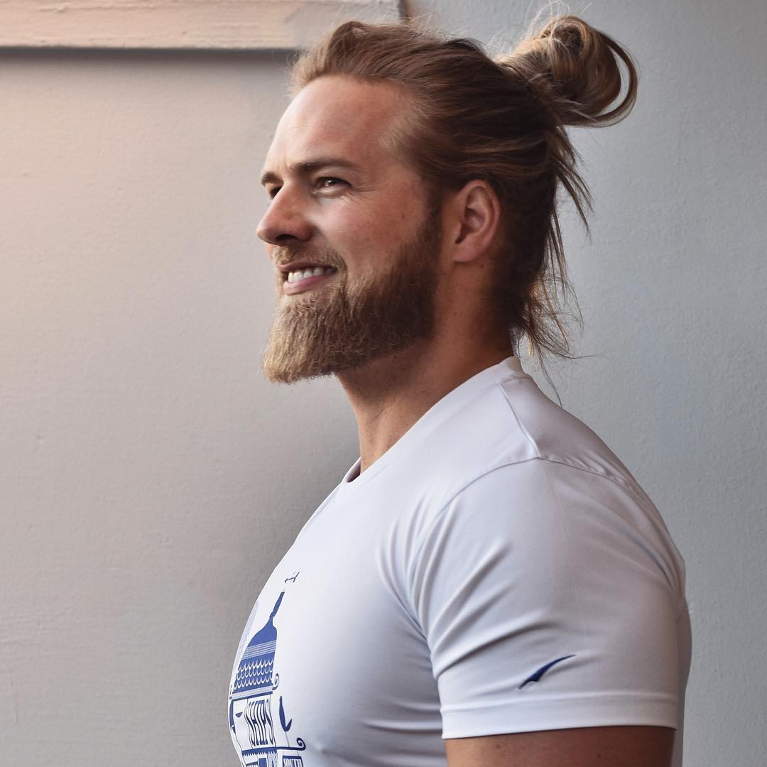 Found The Real Life Thor And He S In The Norwegian Navy