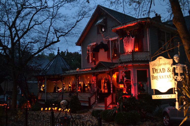 803cfcd29ee4caca - Coolest Halloween Decorations