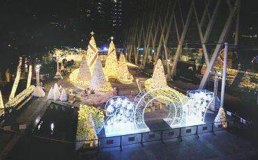 central-world-bangkok-christmas-lights