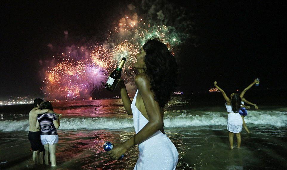 copacabana-beach-in-rio-de-janeiro