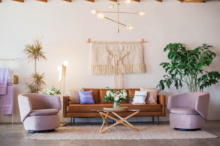 5 Modern Design Stores to Find Furniture for Your New Apartment